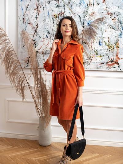 aksamitna sukienka koszulowa ruda
