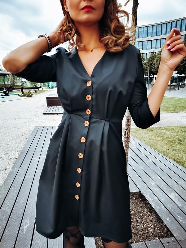 elegancka sukienka z wełny