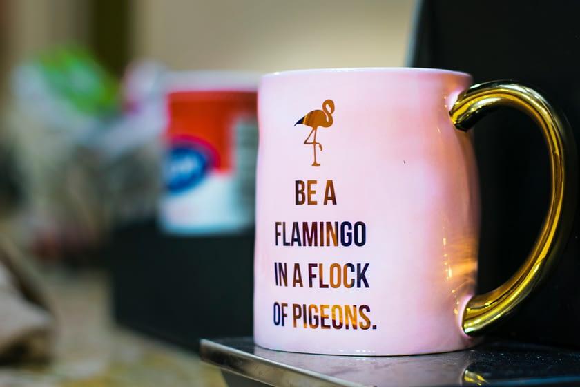 Kubek z flamingiem